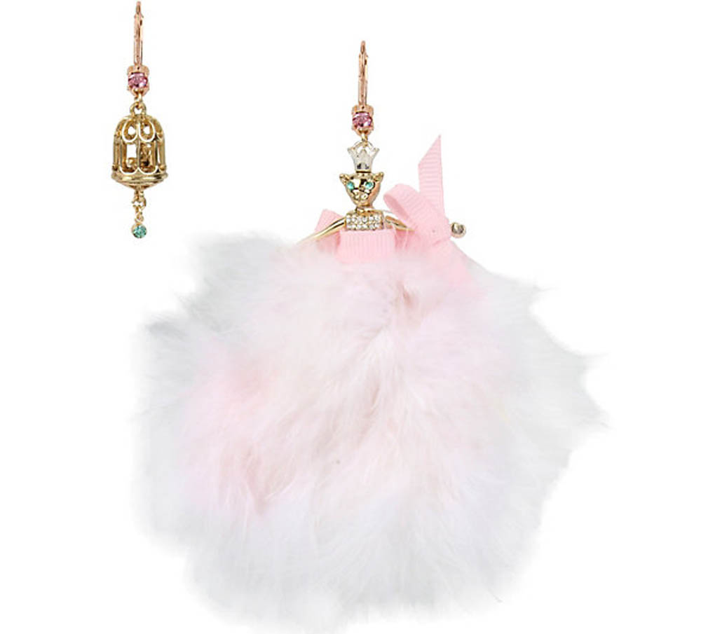 Betsey Johnson Jewelry MARIE ANTOINETTE MOUSE DOLL MISMATCH EARRING
