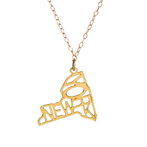 "Kris Nations Jewelry ""New York"" Pendant Necklace Gold"